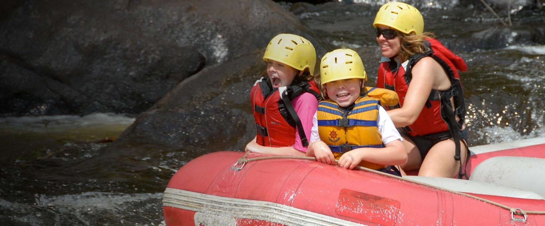 Une expérience familiale accessible ! | Rafting Nouveau Monde | Rafting en eau vive sur la rivière Rouge